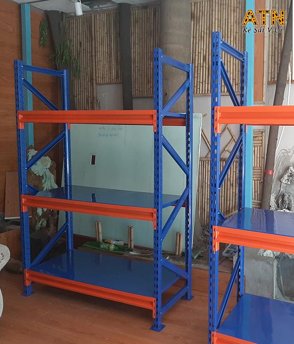Chọn mua kệ sắt công nghiệp ATN01 tại TPHCM
