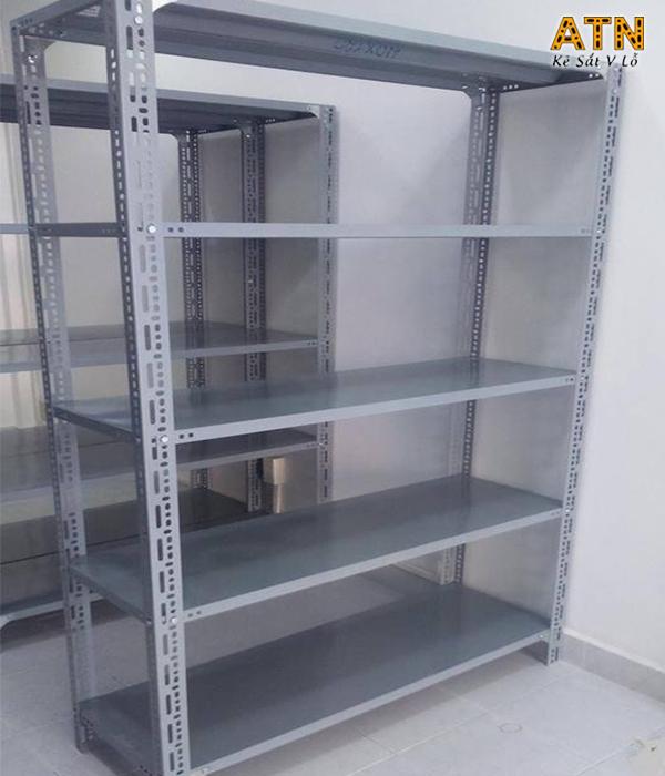 Giá kệ sắt v lỗ 5 tầng chính hãng tại xưởng sản xuất