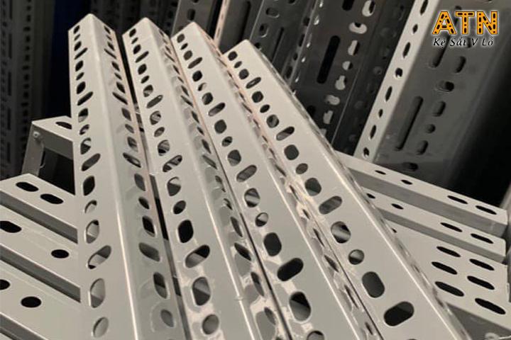 Độ dài thường gặp của sắt v lỗ giá rẻ